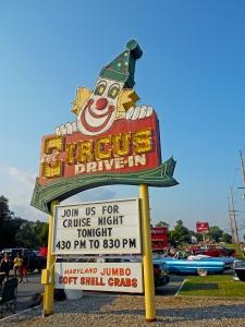 circus-drive-in